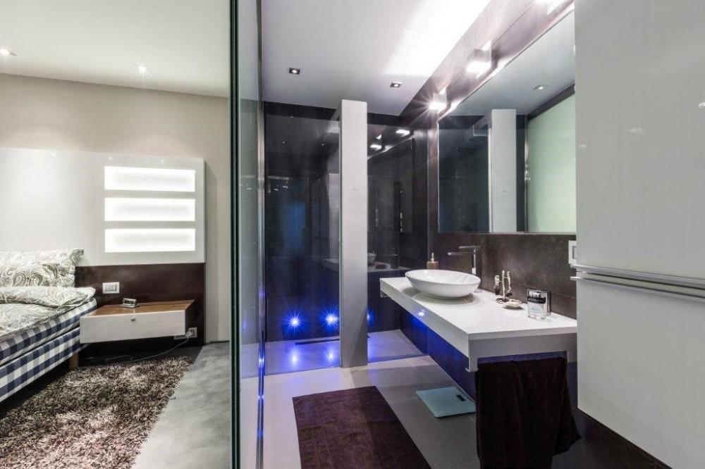 Residential modern interior design malta gemini for Contemporary ensuite